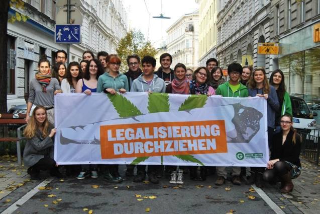 Die Legalisierung von Cannabis durchziehen - Die Verbotspolitik ist gescheitert. Auch die SPÖ hat mit ihrem Parteitagsbeschluss eine Entscheidung in Richtung Legalisierung getroffen, dank des Einsatzes der  Sozialistischen Jugend.